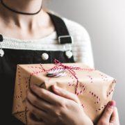 【P活】今だからこそおねだりする女子も増えてる?!家や本名を特定されずにプレゼントをもらうテクニック