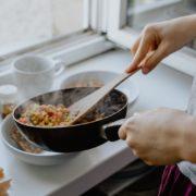 パパ活女子におすすめお家でできる教養アップ方法!お料理編(お料理・お菓子づくり)
