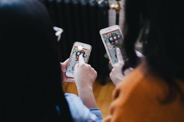 【パパ活アプリ1ヶ月体験談】やっぱりアプリより交際クラブが良い理由とは?両方登録してみた派遣OLパパ活女性